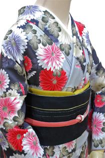 レンタル着物「菊紅柄」