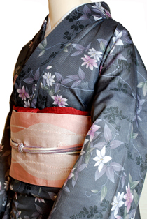 絽のレンタル着物「夏の花尽し」