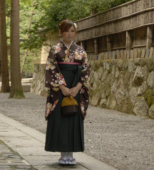 古典柄の落ち着いた袴セット